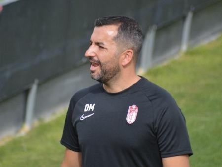 Diego Martínez, entrenador del Granada CF (Foto: José Velasco)