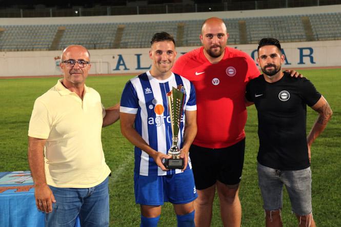 """El Huétor Tajar  volvió a ganar el Trofeo """"Almuñécar Cup"""""""