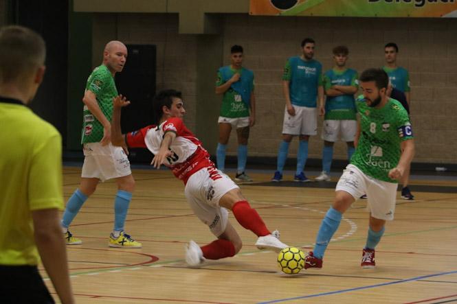 El SIMA Peligros hace sufrir al Atlético Mengíbar, 3-4