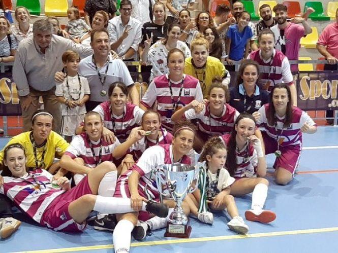 El Deportivo Loja FS, brillante campeón, por segunda vez en tres años, de la Copa Femenina de Fútbol-Sala