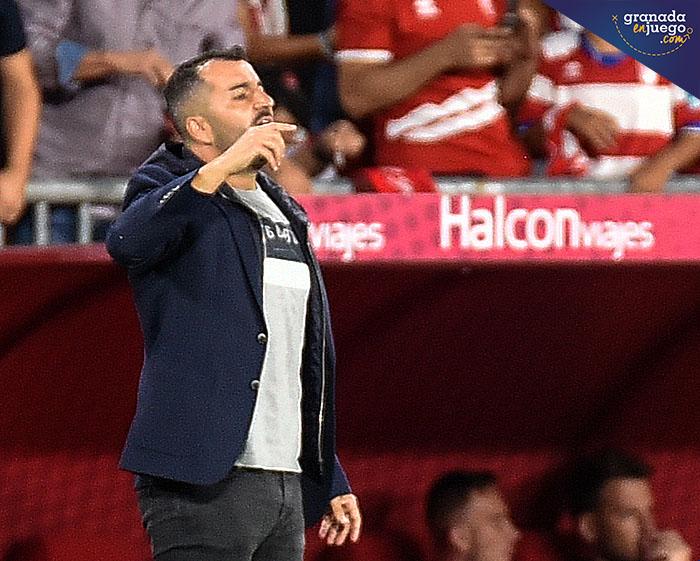 """Diego Martínez: """"Estoy muy orgulloso de mis jugadores"""""""