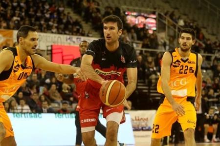Joan Pardina durante el partido con Lleida (JOSÉ VELASCO)
