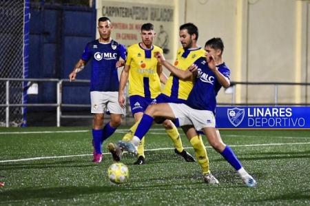 Huétor Tájar y Linares disputaron un intenso partido (LINARES DEPORTIVO)