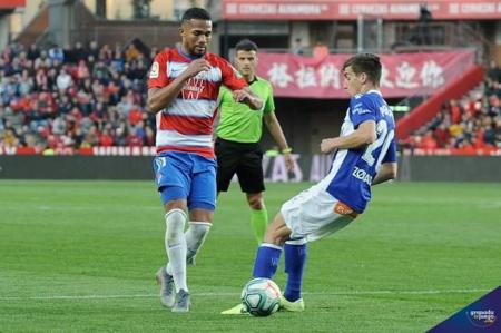 Yangel Herrera hizo el tercer gol del Granada (JOSÉ M. BALDOMERO)