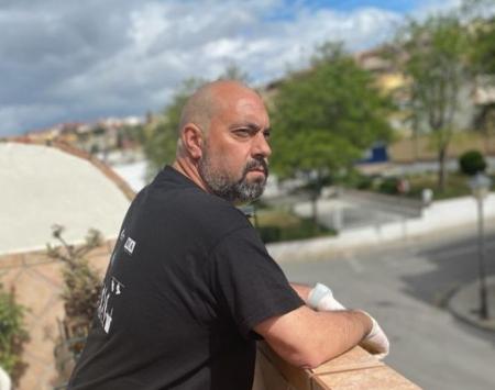 Miguel Ferrer, entrenador del Gabia, confinado en casa (GRJ)