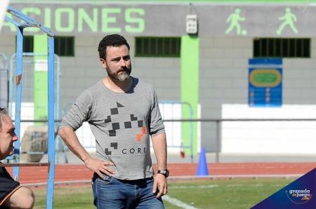 Manuel Moreno `Rizos` en un partido de la pasada temporada (JOSÉ M. BALDOMERO)